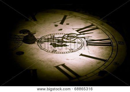 Abstract Dark Clock