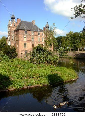 niederländische Schloss cannenburch