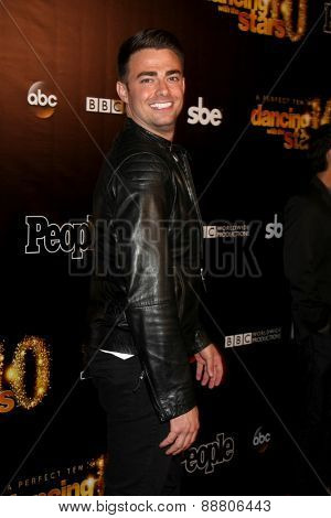 LOS ANGELES - April 21:  Jonathan Bennett at the