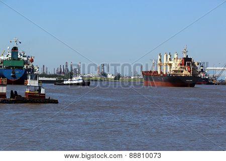 Cargo Ship & Tug Boat