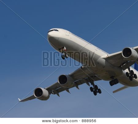 Banking Jet
