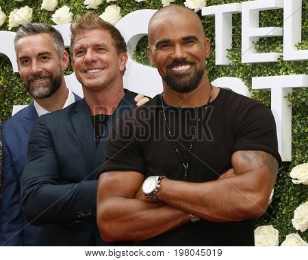 LOS ANGELES - AUG 1:  Jay Harrington, Kenny Johnson, Shemar Moore at the CBS TV Studios Summer Soiree TCA Party 2017 at the CBS Studio Center on August 1, 2017 in Studio City, CA
