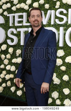 LOS ANGELES - AUG 1:  Sean Murray at the CBS TV Studios Summer Soiree TCA Party 2017 at the CBS Studio Center on August 1, 2017 in Studio City, CA