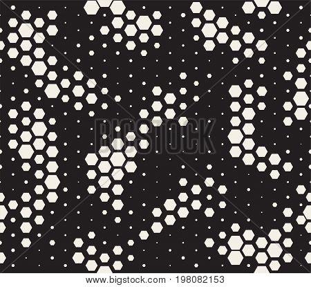 Halftone Pattern. Snake Skin Style Seamless Pattern. Black And White Background With Halftone Transi