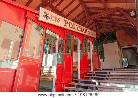Zurich ropeway summit station