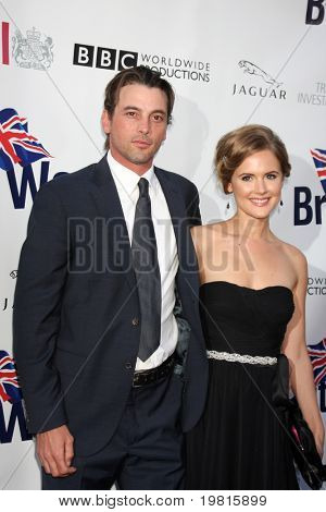 LOS ANGELES - APR 26:  Skeet Ulrich, Amelia Jackson-Gray arriving at the 5th Annual BritWeek Launch Party at British Consul General's residence on April 26, 2011 in Los Angeles, CA..