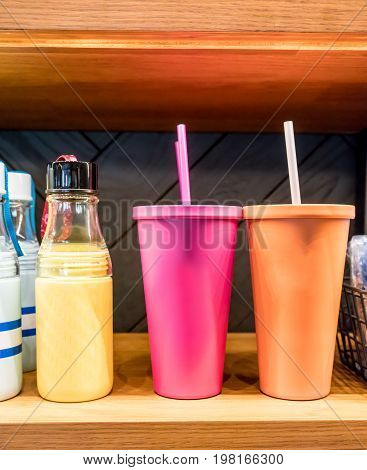 Easy Grip Glass Water Bottle Standing By Pink And Orange Stainless Steel Cold Cup For Cold Beverages