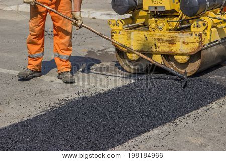 City Crew Install A New Speed Bump 2