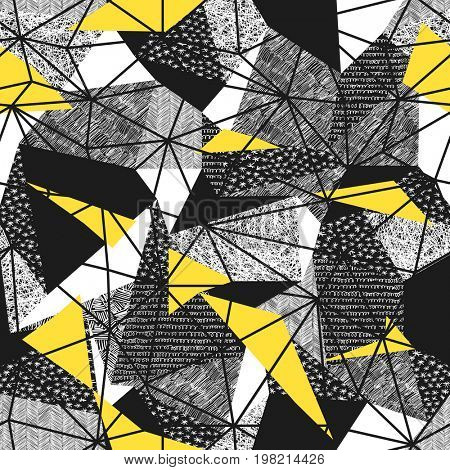 Geometric seamless pattern in retro style. Vintage background.Triangles and hand drawn patterns. Low poly seamless repeat pattern. Triangular facets.  raster pattern. Yellow Triangles
