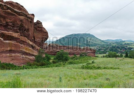 red rocks park and mountain range in jefferson county colorado