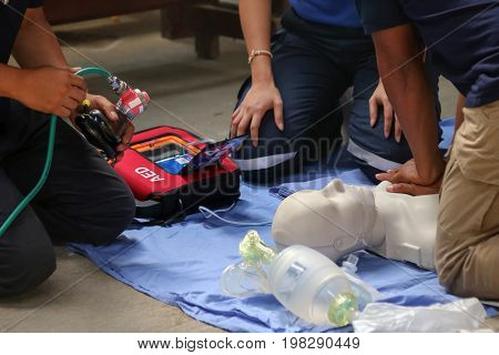 Rescue and CPR training to first aid and life guard in Thailand.