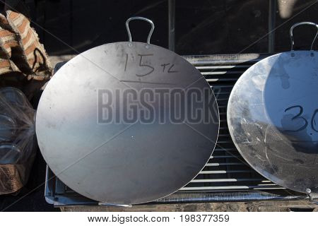 New Metal Pans As Cookware