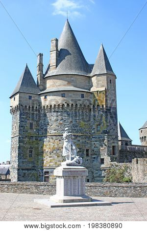 Statue in front of Vitre Castle, France