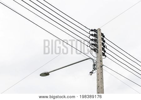 Lamp post and Electric pole connect to the high voltage electric wires.