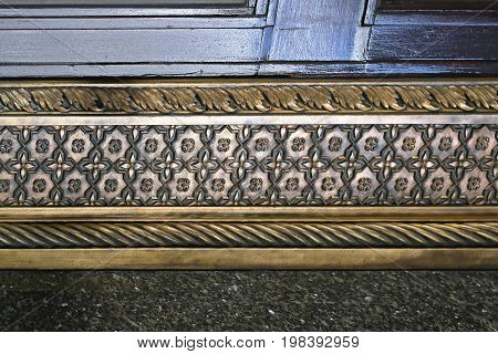 Medieval Style Brass Cornice Home Wall Decoration