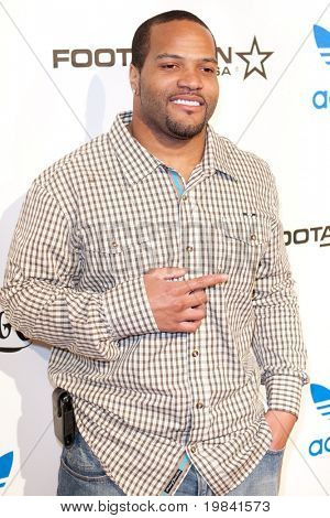 LOS ANGELES, CA. - FEB 19: NFL free agent fullback Carey Davis arrives at the NBA All-Star Weekend VIP party co-hosted by Adidas and Snoop Dogg on Feb 19, 2011 in Los Angeles.