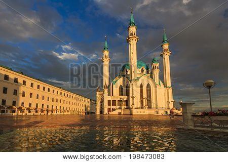 Kul Sharif Qolsherif, Kol Sharif, Qol Sharif Mosque in Kazan Kremlin