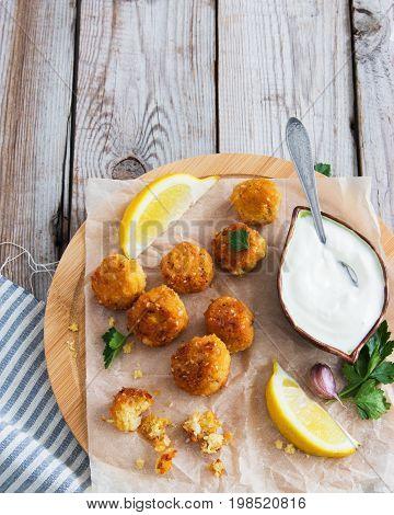 Middle Eastern Dish Cutting Board.