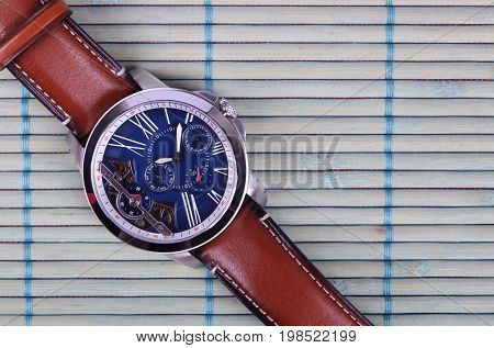 Classic Men's Wristwatch with Brown Leather Strap