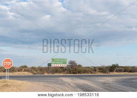 T-junction of the B1-road and C22-road near Otjiwarongo in the Otjozondjupa Region of Namibia