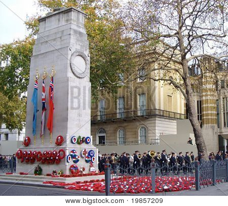Cenotaph, london, poppy day.
