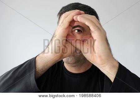 Peeping Man