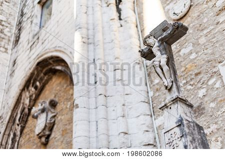 Statue of crucified jesus in roofless church, Lisbon, Portugal