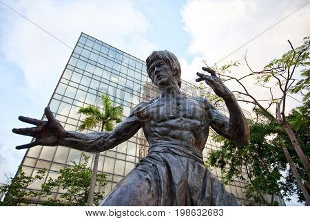 HONG KONG – JULY 15, 2017: Bruce Lee statue. The statue is one of the main attractions on the famous waterfront promenade