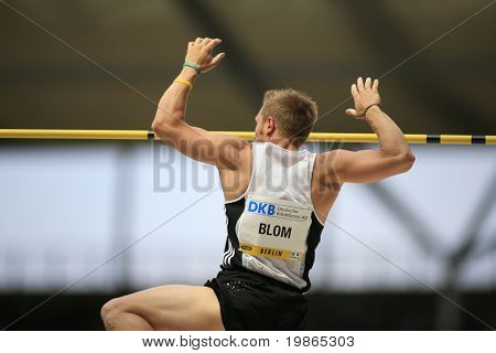 Rens Blom Netherlands competing in the pole vault at the Istaf Berlin International Golden League Athletics held at Berlin's Olympia Stadium (Olympic Stadium) 1st June 2008