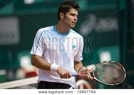 MONTE CARLO MONACO APRIL 23, Simone Bolelli ITA v Nikolay Davydenko RUS competing in the ATP Masters tournament in Monte Carlo, Monaco, 19-27 April 2008.