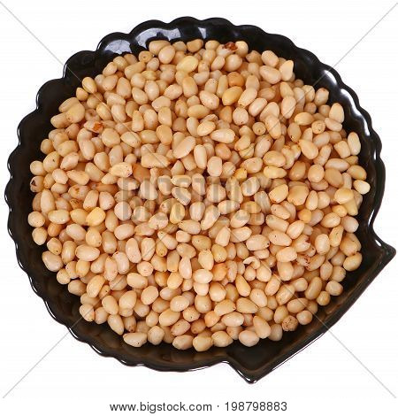 Cedan cleared nuts on the black plate