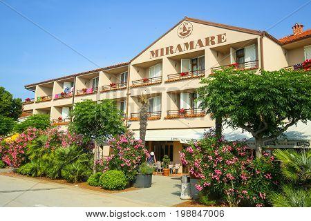 Hotel Miramare In Njivice