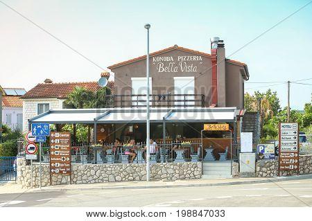 Restaurant Bella Vista In Njivice