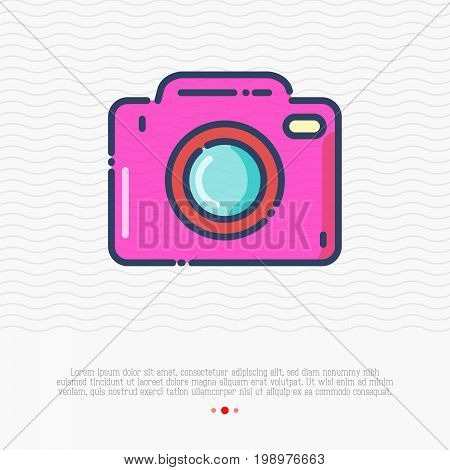 Camera thin line icon. Sign of photo. Modern vector illustration for photographer logo, mobile app, electronics shop.