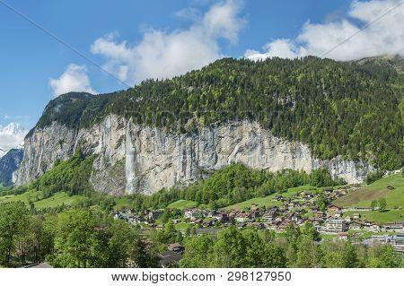 Panorama Of Lauterbrunnen Valley In The Bernese Alps, Switzerland