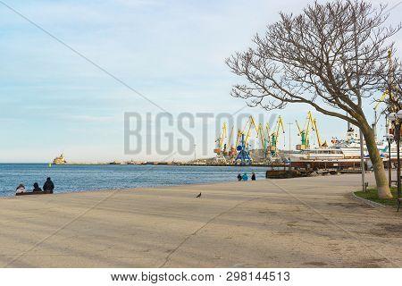 Feodosia, Crimea, Russia - March 08, 2019: Quay And Port On The Black Sea In Feodosia. Spring Day. O