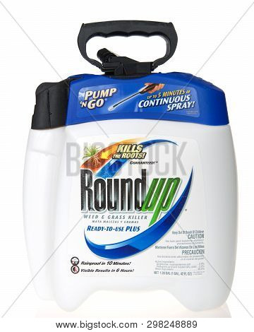 Alameda, Ca - March 21, 2019: 1 Gallon Container Of Roundup Weed Killer, Isolated On White Backgroun