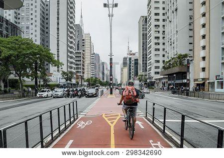 Sao Paulo Sp, Brazil - March 01, 2019: Bicycle Path Of The Paulista Avenue (avenida Paulista). Cycli