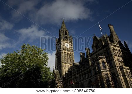 Manchester, Greater Manchester, Uk, October 2013, View Of Manchester Town Hall