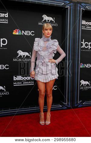 LAS VEGAS - MAY 1:  Taylor Swift at the 2019 Billboard Music Awards at MGM Grand Garden Arena on May 1, 2019 in Las Vegas, NV