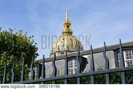 Paris, France. August 16, 2019. Eglise Du Dome Golden Dome At Hotel National Des Invalides. Tomb Of