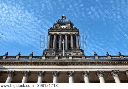 Leeds, West Yorkshire, United Kingdom: 18 September 2020: View Of The Front Of Leeds City Hall In We