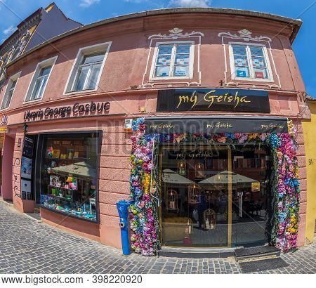 Brasov, Transylvania, Romania - July 12, 2020: Small Shops Located On The Picturesque Street Republi