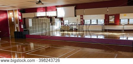 West Islip, New York, Usa - 16 November 2020: Dance Studio Classroom With Taped Boxes In Front Of Th