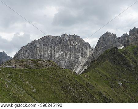 View On Pinnisjoch Saddle And Moutain Peak Panorama At Stubai Hiking Trail, Stubai Hohenweg, Alpine