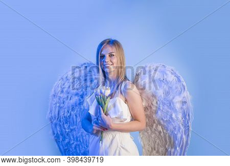 Valentines Day Angel. Female Angel With Flowers. Valentines Day Cupid. Angel Woman Praying. Cupid Gi