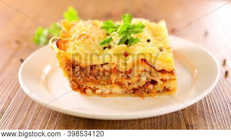 lasagne with minced beef, tomato sauce and cheese
