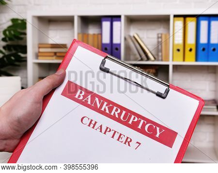 Bankruptcy Chapter 7. The Manager Holds The Sheets.