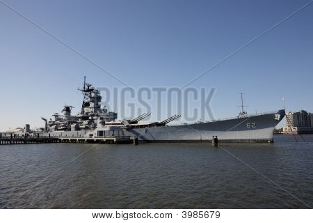 Battleship Uss New Jersey At Camden, Nj