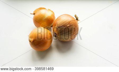 Fresh Ripe Onions. Onions Background. A Lot Of Yellow Onions Close Up.